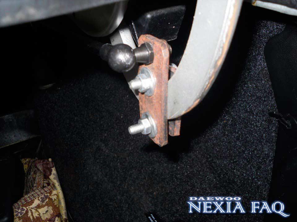 Газовый упор на крышку багажника нексии (nexia)