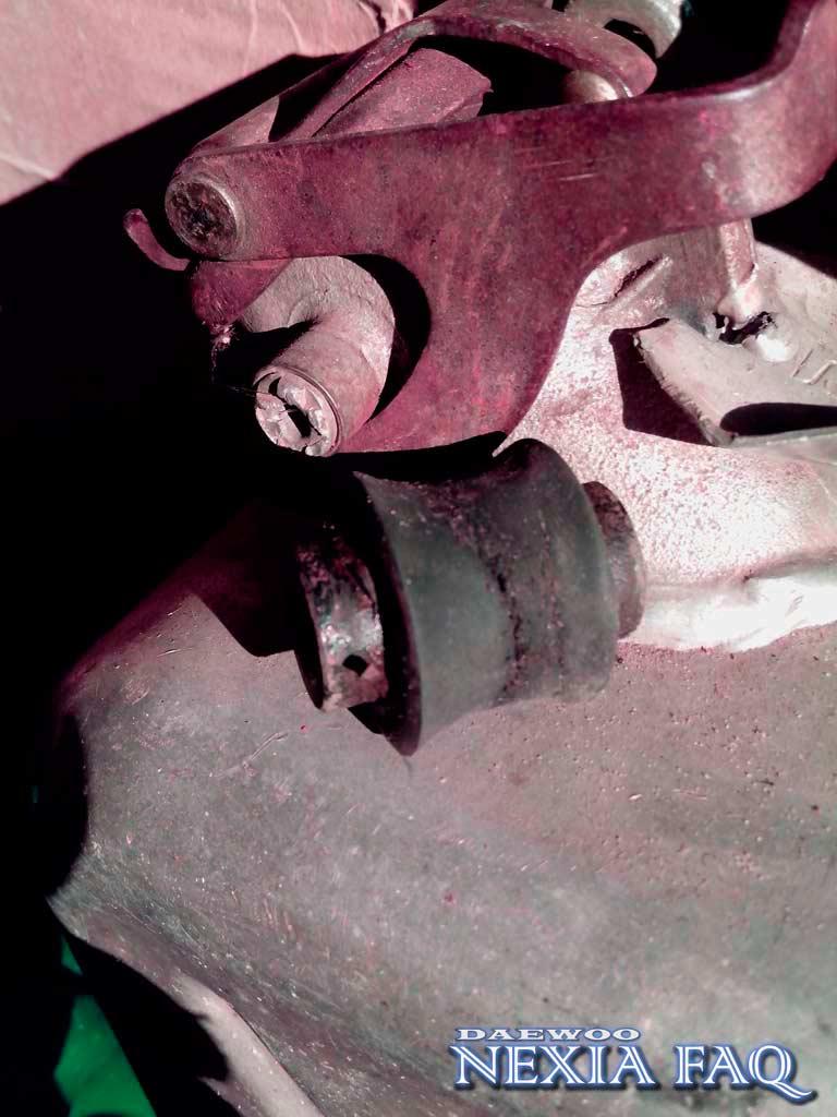 Замена резинки шарнира аммортизатора на нексии (nexia)