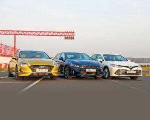 Сравниваем Kia K5, Hyundai Sonata и Toyota Camry