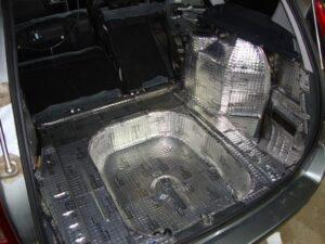 На какие части авто устанавливается шумоизоляция?